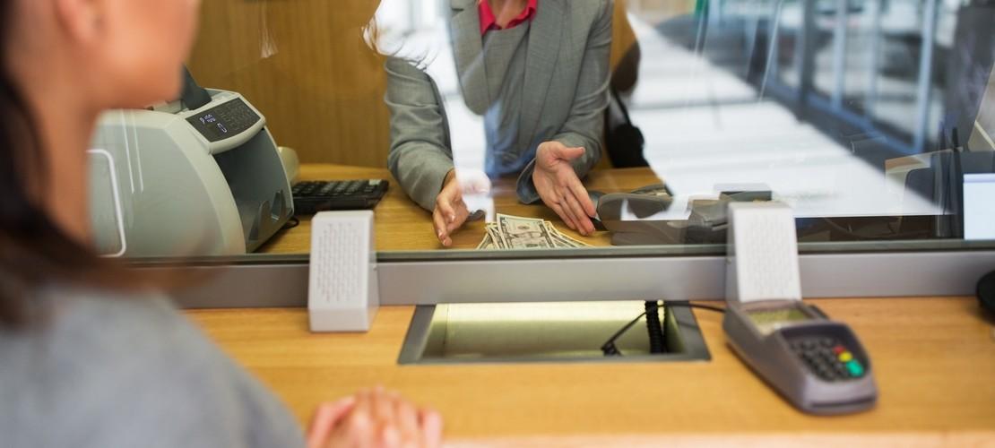 Плюсы и минусы карантина для простых людей с кредитами. Как не просрочить платежи?