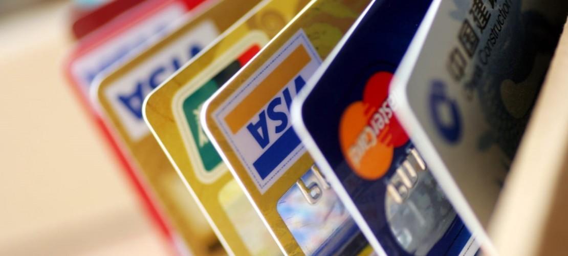 Уловки банков, на которые они идут, чтобы опустошить ваши карманы